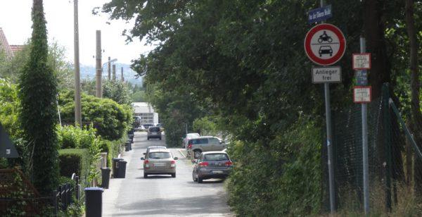 Anwohner der Straße An der Dürren Heide wehren sich gegen Durchfahrtsverkehr