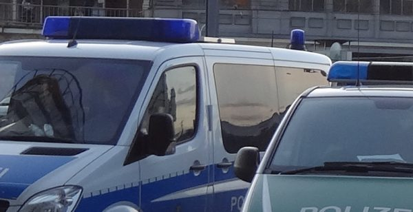 polizei-einsatz-symbolbild