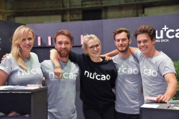 Angela Benker, Mathias Tholey, Cora Schmelzer, Thomas Stoffels und Christian Fenner produzieren den Super-Riegel Nucao