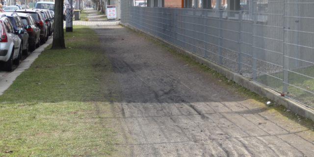 Fritz-Reuter-Straße Gehweg 1303