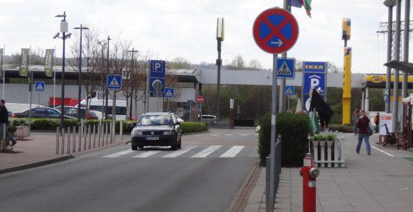 Elbepark verkehrsschilder