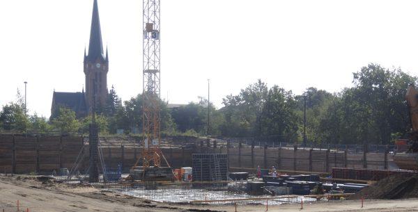 Schulcampus Gehestraße: Baustart mit Fundamenten für Sporthallen - Grundsteinlegung Mitte September geplant