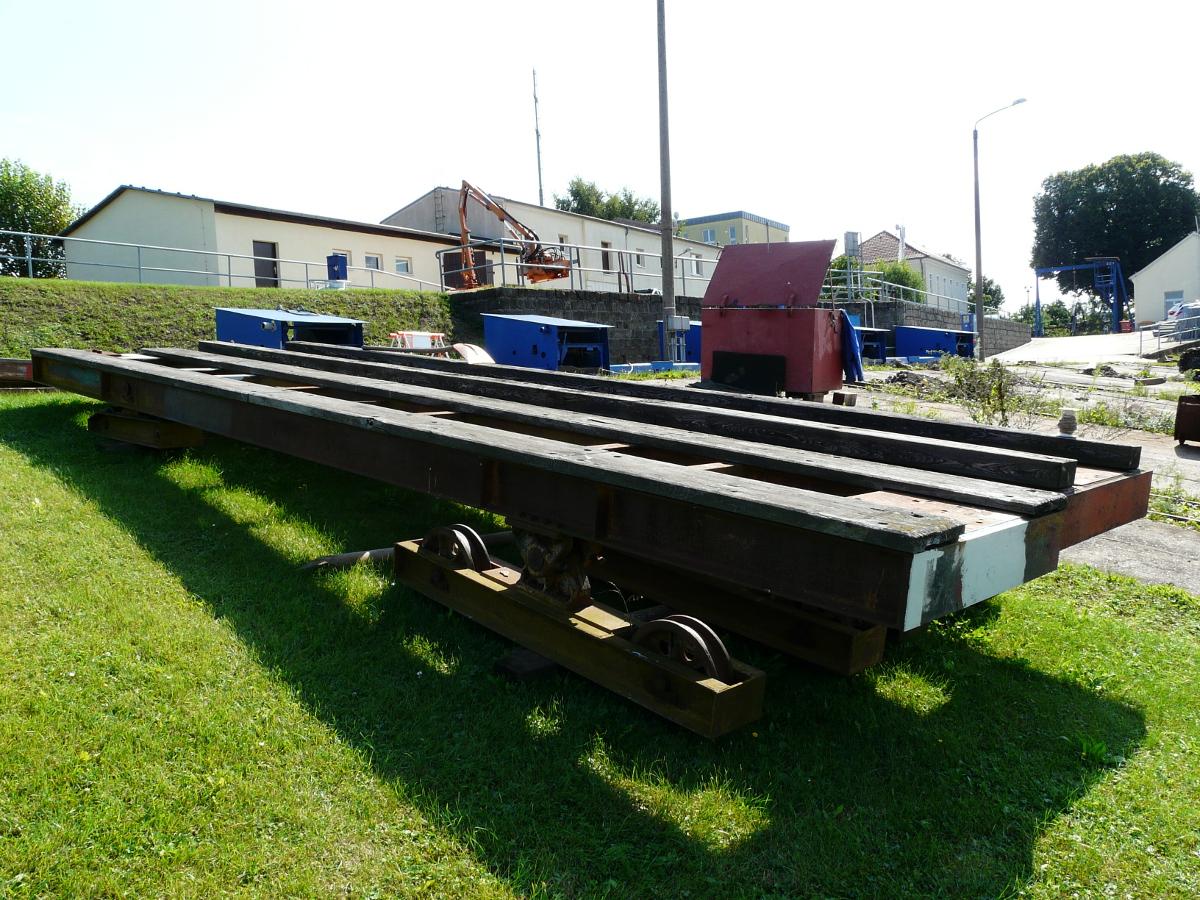 Pieschener Hafen Slipwagen