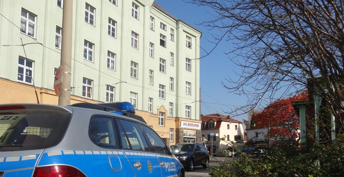 Dreyssigplatz 3 polizei