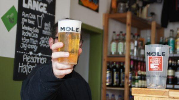 Vorher - Nachher oder: Ein leeres Glas ist nicht schlimm, wenn vorher Mole kühl drin war!