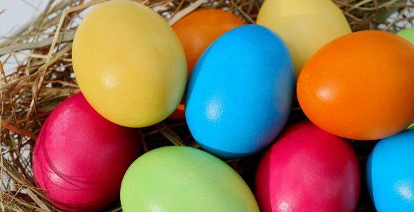 Am Freitag: Osterbasteln in der Bibliothek Pieschen