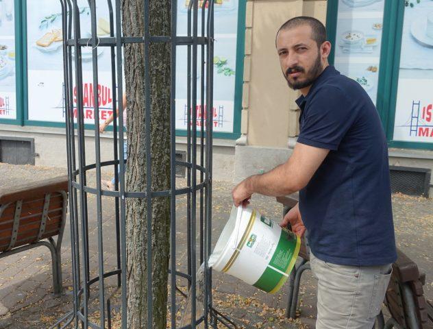 Bäume gießen abuzer tekce