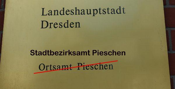 Rathaus Stadtbezirksamt Pieschen