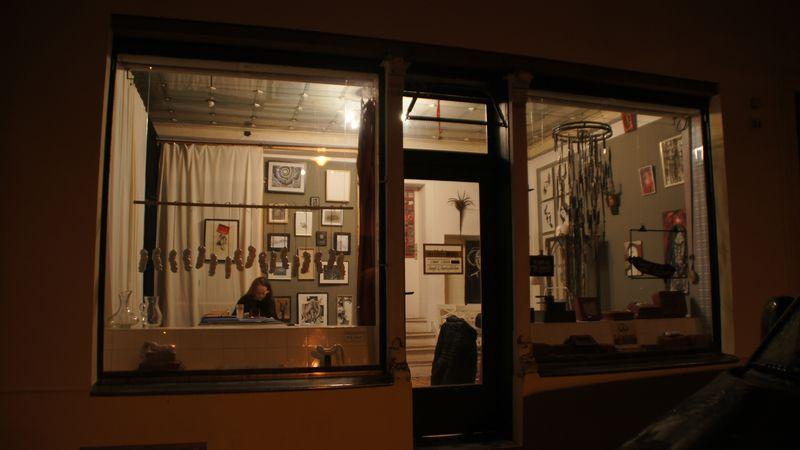 Das Atelier für Kunst und Kurioses auf der Torgauer Straße 24