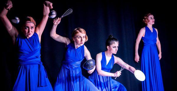 Pantomime Der blaue sarafan