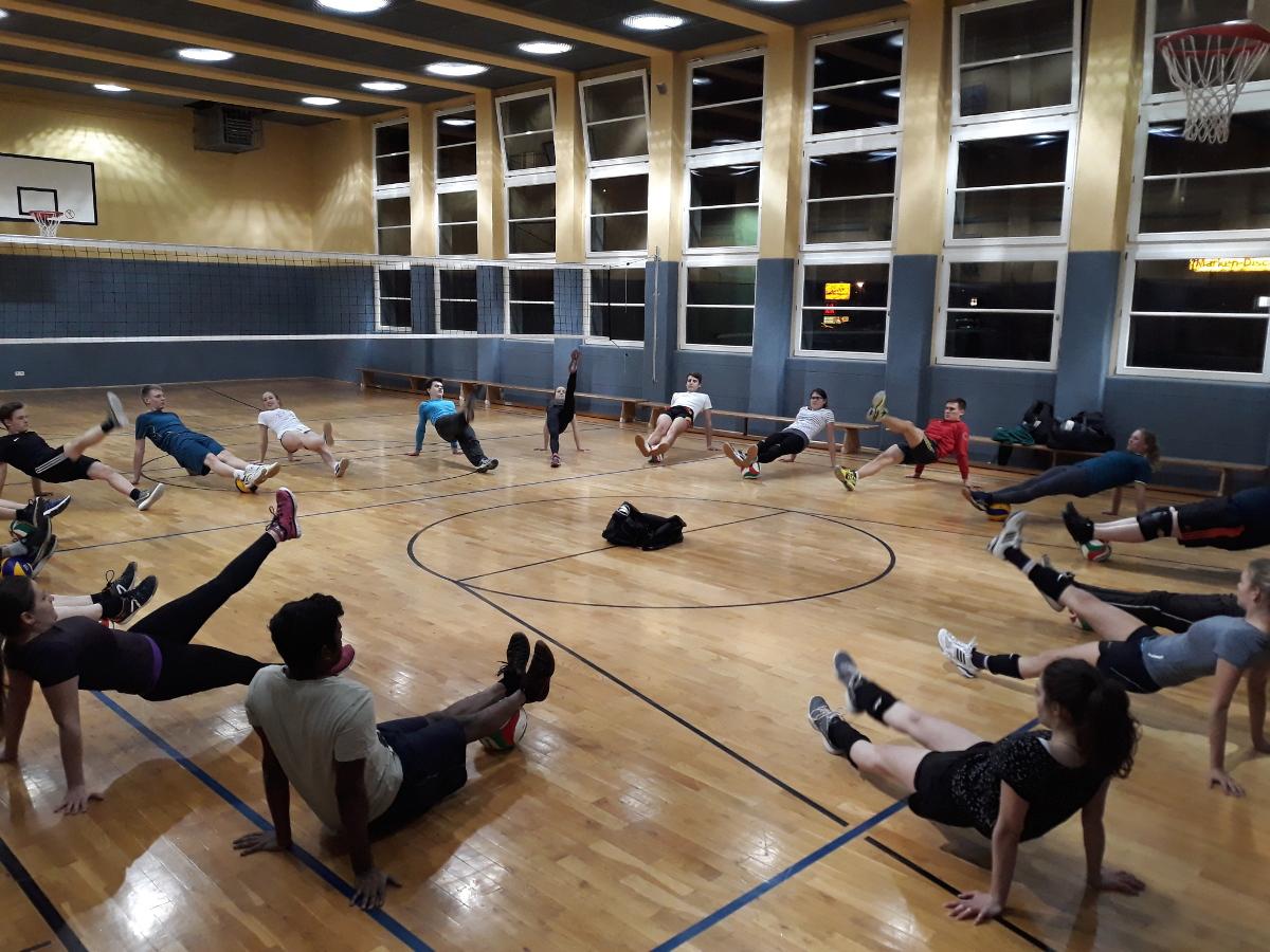 Nachtsport Aufwärmen Volleyball_SJD