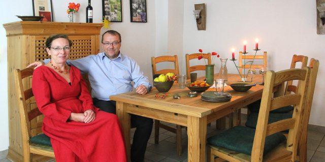 Wohnzimmer Dinner Fur Sieben Unbekannte Gaste Bei Yvonne Und Jens