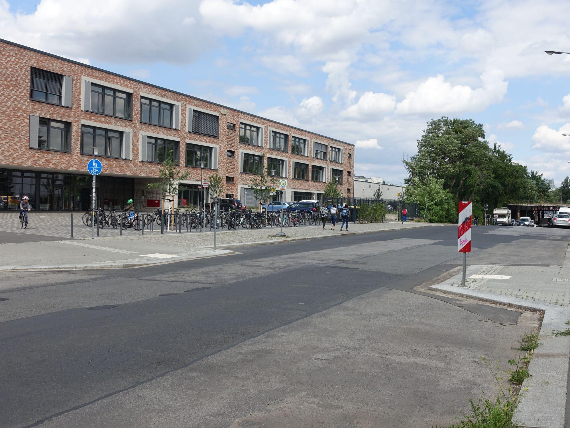 Erfurter Straße Zugang Schulcampus